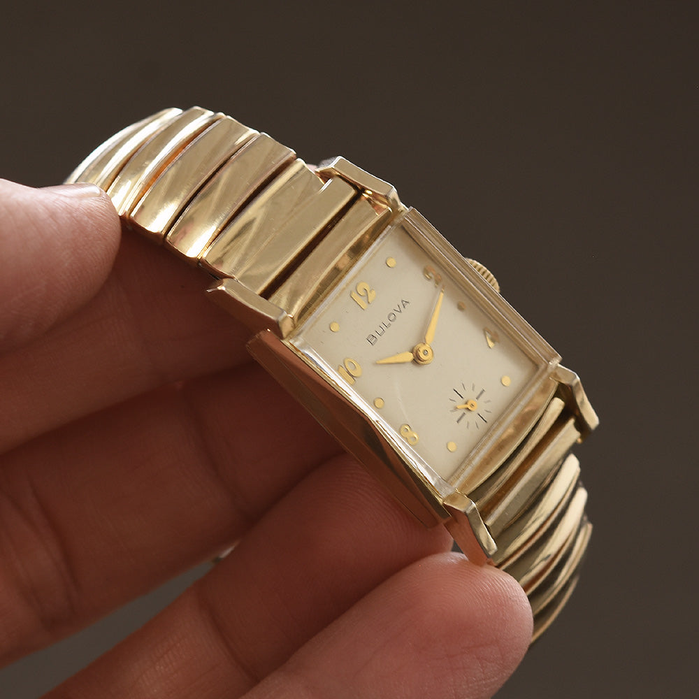 1953 BULOVA USA Gents Dress Watch