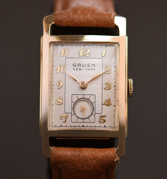 1943 GRUEN Verti-Thin 14K Solid Gold Gents Watch