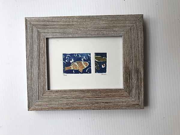 Clownfish in barnwood frame