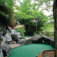 $16 for 4 rounds of Mini Golf at Boulders