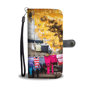 Custom wallet case. Original photography. Laundry, Havana.