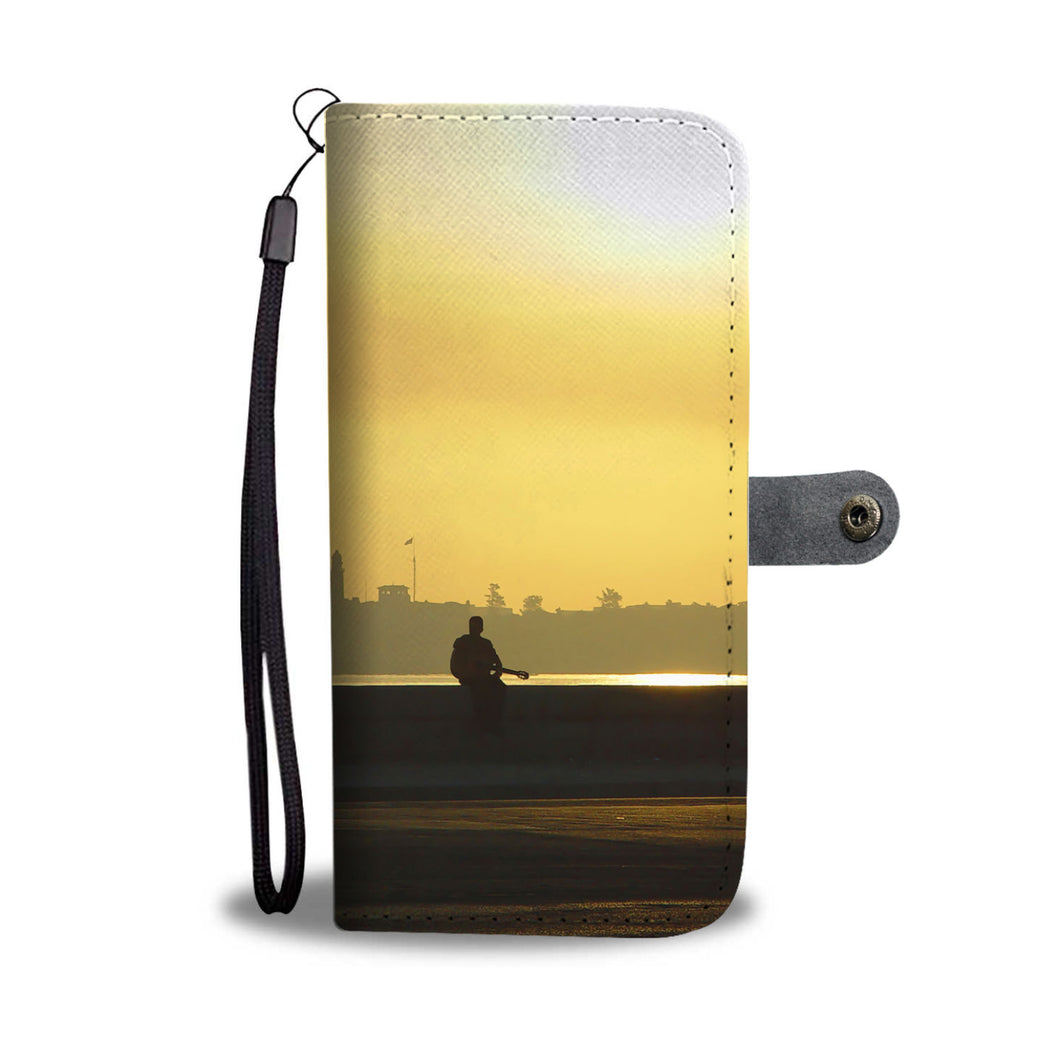 Custom wallet case. Original photography. Lone player. Havana