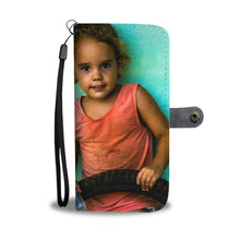 Custom wallet case. Original photography. Girl. Baracoa