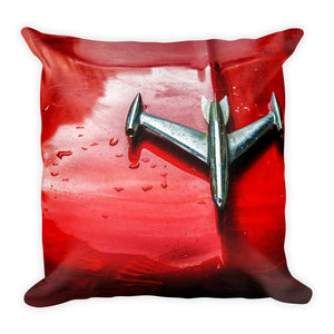 Square Pillow. Havana car hood ornament. Image by Studio Gavilondo.