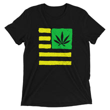 Short sleeve t-shirt. United State of Cannabica. Verdeamarillo print