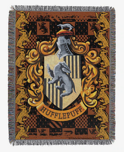 HARRY POTTER HUFFLEPUFF TAPESTRY THROW BLANKET