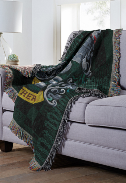 HARRY POTTER SLYTHERIN CREST TAPESTRY THROW BLANKET