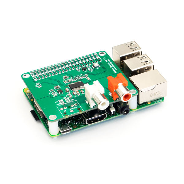 HiFiBerry DAC+ RCA on Raspberry Pi Model 2B
