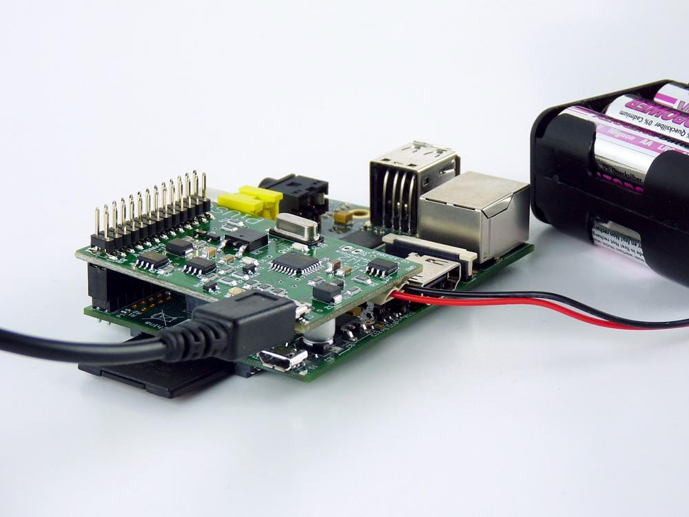 Pi UPS Uninterrupted Power Supply Connected