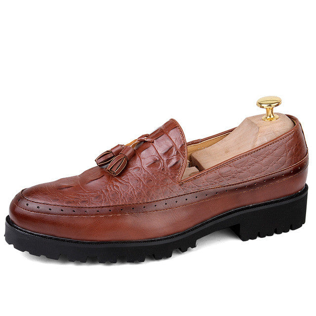Tassel Men Oxford Shoes Mens Patent Leather  Italy Casual Shoes Luxury Dress Party Wedding Flats Shoes 3colors  New Brand