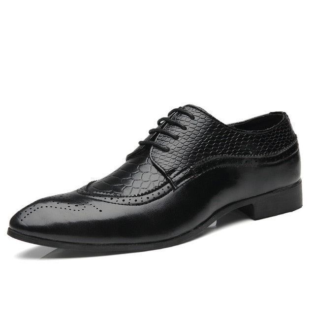 New Autumn Fashion Business Men Casual Shoes Leather High Quality Soft Men's brogue Flats Retro Carved British Style Dress Shoes
