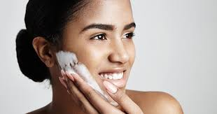 Best Way To Clean Your Face Everyday and Products To Use