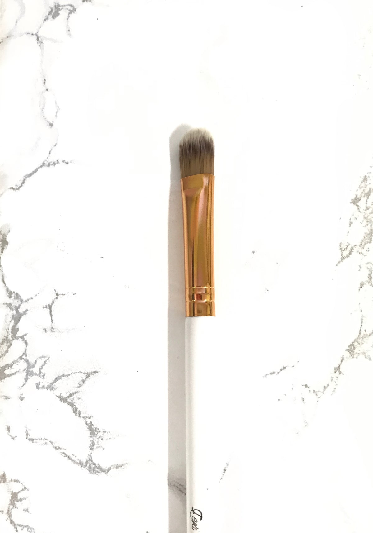 Flat Makeup Brush Lexi Noel Beauty - lexinoelbeauty.com