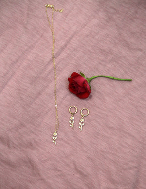 La Rosa Necklace
