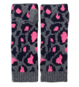 100% cashmere leopard print wrist warmers in pink/grey