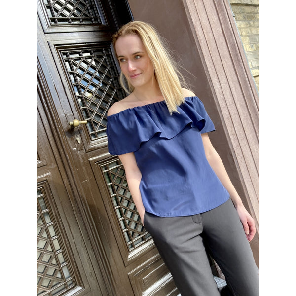 Lulus drawer lounge Anna top 100% silk Tops & tees Navy