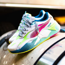 Load image into Gallery viewer, Puma RS-X3 - Holographic