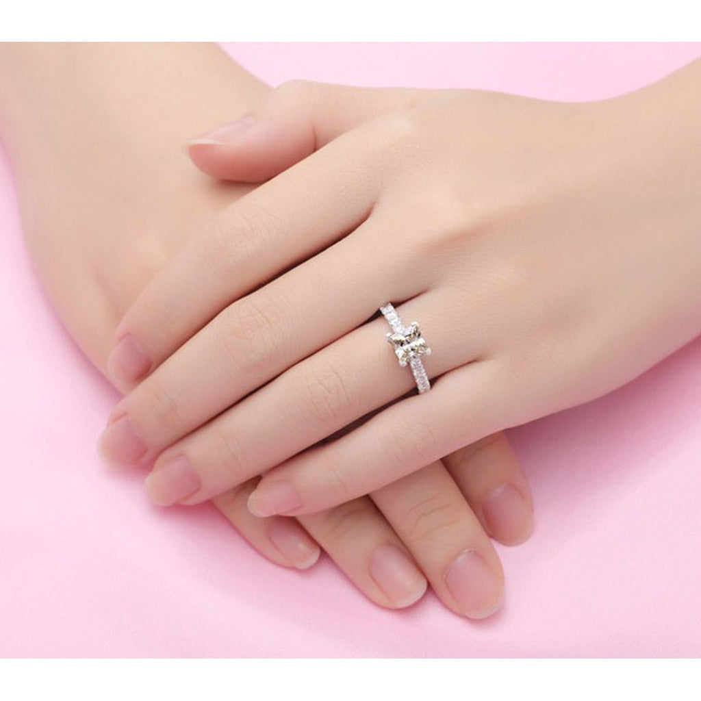 Princess Cut Solitaire Engagement Wedding Ring 1 Carat SONA Diamond ...