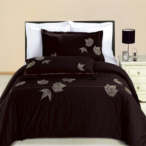 Newbury Embroidered 100% Cotton 3 Piece Duvet Set by Royal Hotel