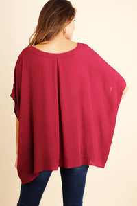 Pulling At Heart Strings Top - Cranberry