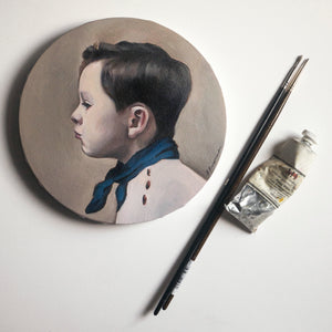 Oil portrait on a round canvas