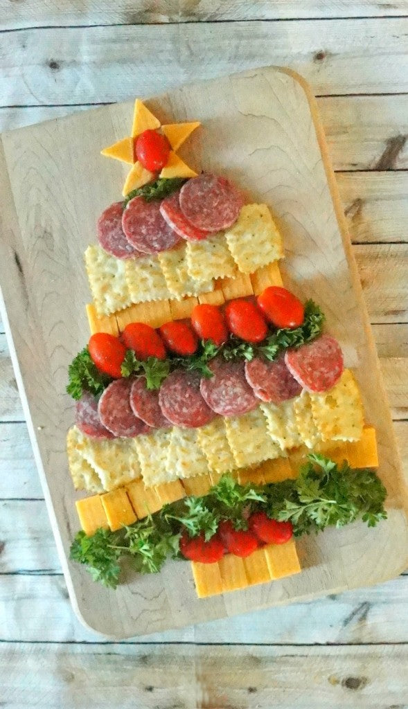 Cheese-Cracker-and-Sausage-Christmas-Tree-Holiday-Appetizer-589x1024