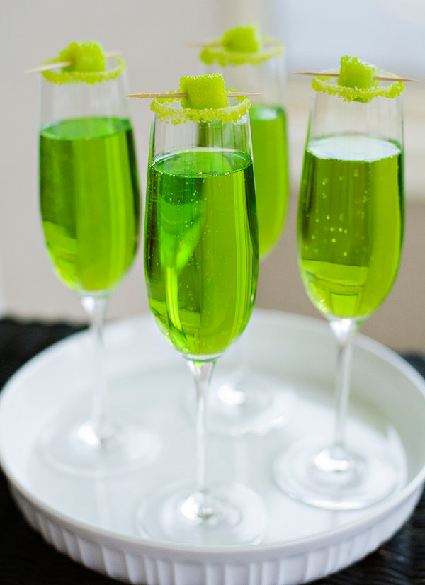 sparkling shamrock cocktail for st paddys day
