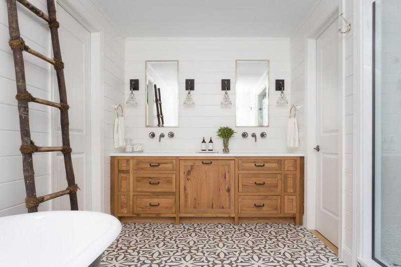 HTM Lighting Solutions Wall Sconces