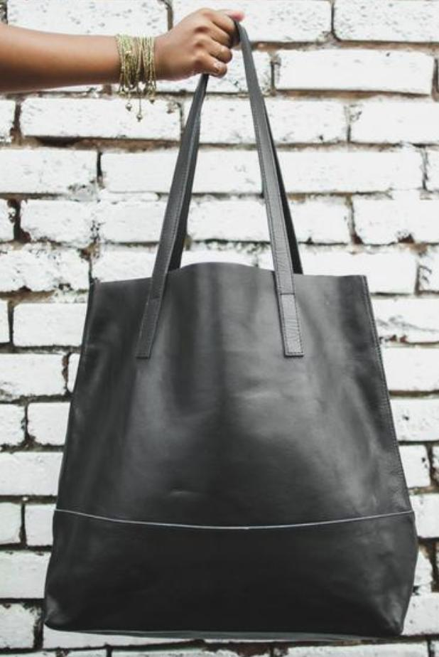 Vegetable-Tanned Everyday Tote in Black