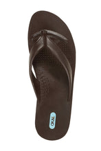 """Throw Them In The Wash"" Men's Flip Flops In Hot Chocolate - Good Cloth"
