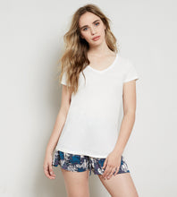 V Neck Tee - Good Cloth