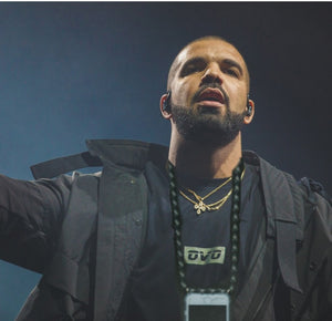 """Hold up - Hold my Phone"": Why Drake Urgently Needs a Keebos Phone Necklace Case (2020 Update)"