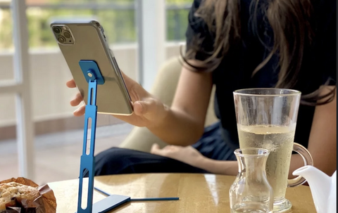 Must-have-gadget-phoneholder2