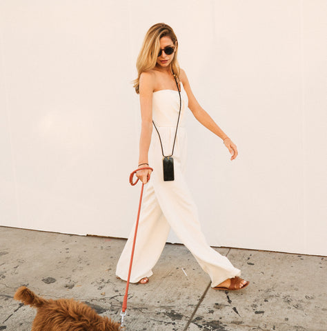 dog-walking-accessories-phone-case-keebos-crossbody
