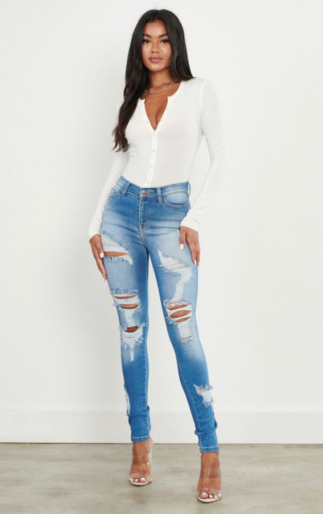 """Sari"" Distress Skinny Jeans - Mint Leafe Boutique"