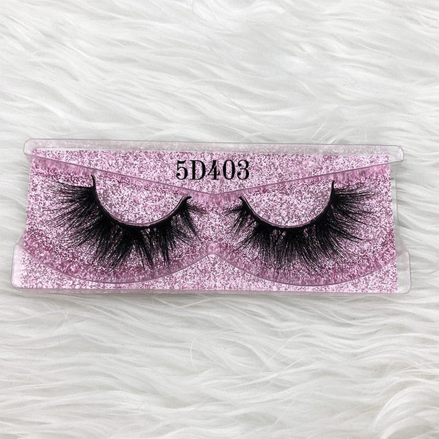 """Milwaukee Fun"" Lashes - Mint Leafe Boutique"