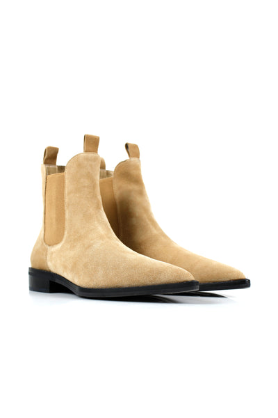 Chelsea Boot / Camel Suede