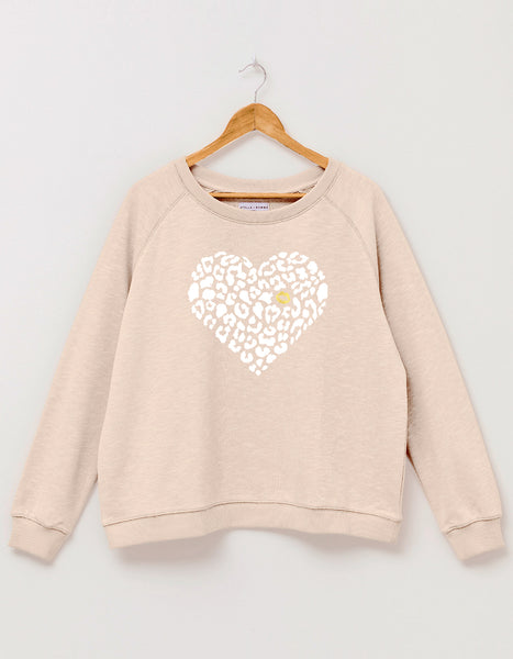 Sweatshirt / Almond with White Leopard Heart