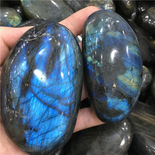 Load image into Gallery viewer, Labradorite Stone