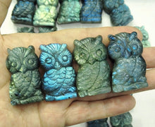 Load image into Gallery viewer, Labradorite Crystal Owl