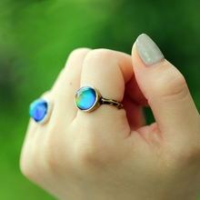 Load image into Gallery viewer, Antique Bronze Color Changing Mood Ring