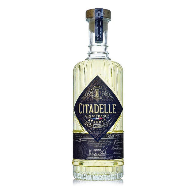 Citadelle Reserve Gin 700ml clear bottle
