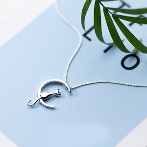 Cat In The Moon Necklace - Apple & Thorne