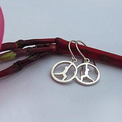 Yoga Poses Earrings: Reverse Warrior (Silver)