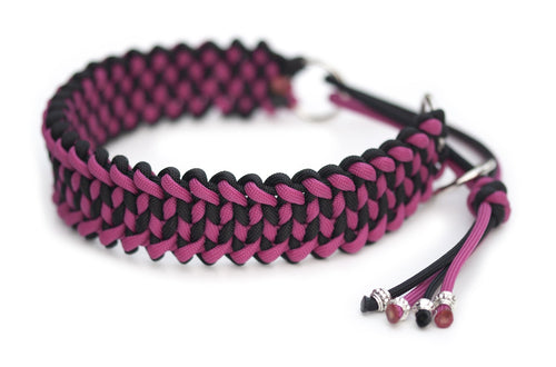 Martingale paracord collar in Black / Fuchsia
