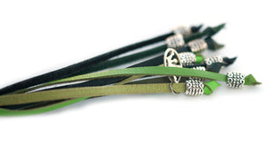 Kangaroo leather show lead in black, apple & dark green