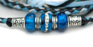 Kangaroo leather show lead in baby blue, sky blue & black - Emoticon