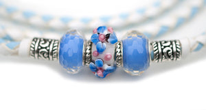 Kangaroo leather show lead in baby blue & white - Emoticon