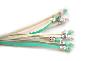 Kangaroo leather show lead in mint & white - Emoticon Kangaroo Leather Show Leads