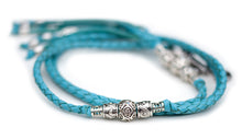 Kangaroo leather show lead in sky blue - Emoticon Kangaroo Leather Show Leads